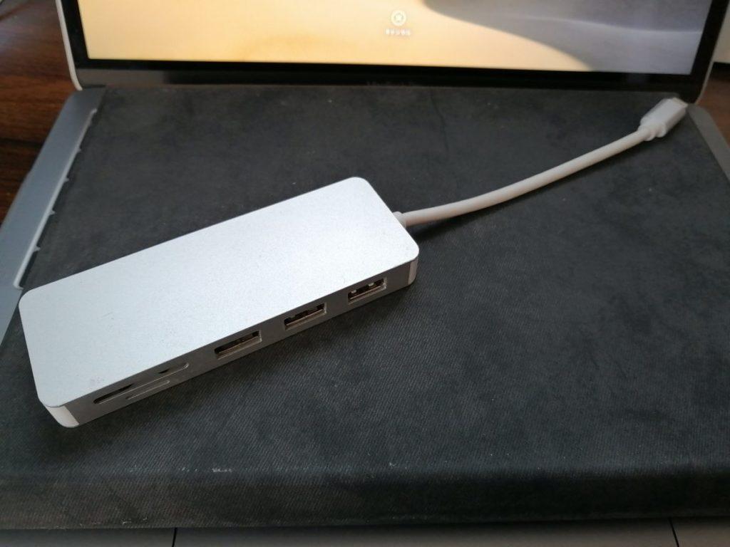 大学生 MacBook おすすめ タイプC ケーブルUSB